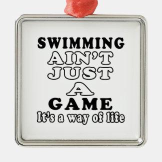 La natación no es apenas un juego que es una maner ornamento de navidad