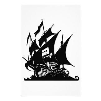 La nave del logotipo de la bahía del pirata papelería de diseño