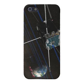 La nave espacial de cinco THEMIS en órbita iPhone 5 Carcasas