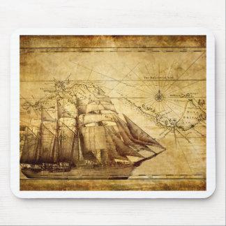 La nave más vieja del mapa del mundo alfombrillas de ratón