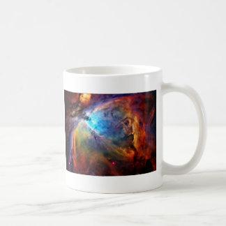 La nebulosa de Orión Taza Básica Blanca