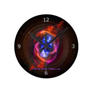 La nebulosa del ojo de gatos reloj de pared