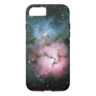 La nebulosa protagoniza el scienc fresco del funda iPhone 7