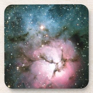 La nebulosa protagoniza la galaxia posavasos de bebidas