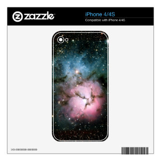 La nebulosa protagoniza la naturaleza fresca del f skins para iPhone 4S