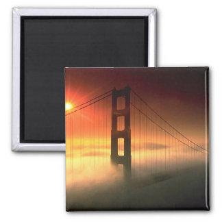 La niebla cubrió Golden Gate Imán Cuadrado
