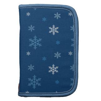 La nieve azul forma escamas los saludos de las est planificadores