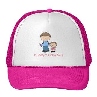 La niña del papá (2) gorras de camionero