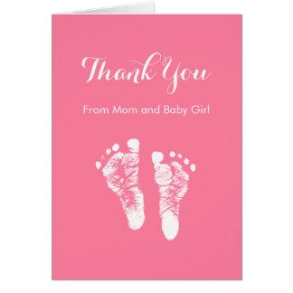 La niña le agradece las huellas recién nacidas tarjeta pequeña