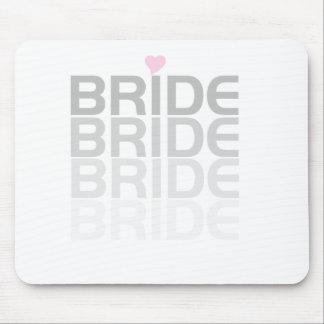 La novia gris se descolora tapetes de raton