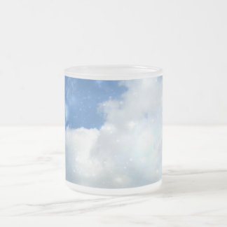 La nube chispea taza del vidrio esmerilado