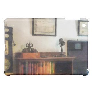 La oficina del oculista con el diploma
