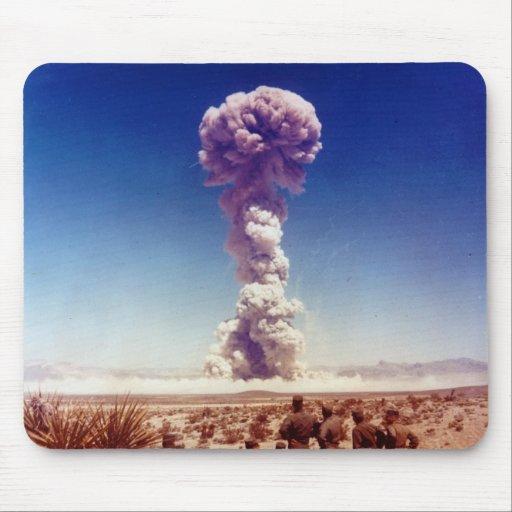 La operación de prueba de las armas nucleares Tipo Mousepads