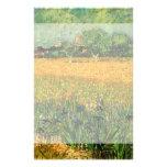 La opinión de Van Gogh de Arles w irisa, paisaje Papeleria Personalizada