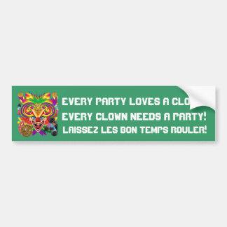 La opinión del payaso del carnaval observa por fav pegatina de parachoque