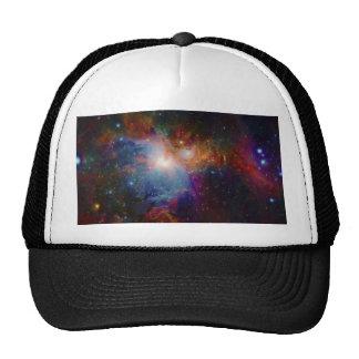 La opinión infrarroja de VISTA de la nebulosa de O Gorro De Camionero