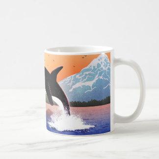 """La orca salta - """"llevado ser salvaje """" taza de café"""
