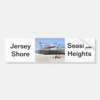La orilla del jersey en las alturas de la playa etiqueta de parachoque