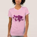 La orquídea rosada florece la camiseta