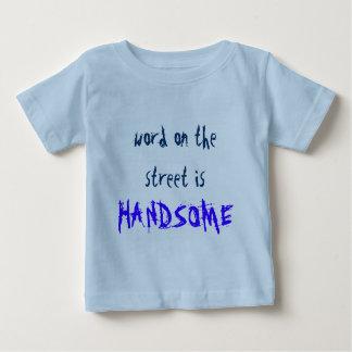 la palabra en la calle es. HERMOSO Remeras