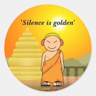 La palabra es plata y el silencio oro pegatina redonda