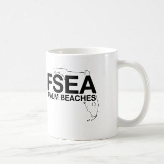 La palma oficial de FSEA vara la taza
