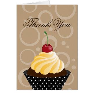 La panadería de la magdalena de la cereza le tarjeta pequeña