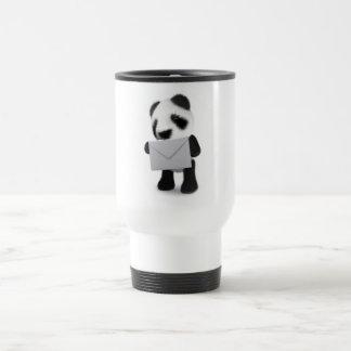la panda del bebé 3d tiene una letra taza de viaje