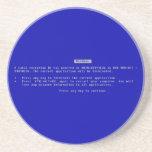 La pantalla azul del ordenador de la muerte posavaso para bebida