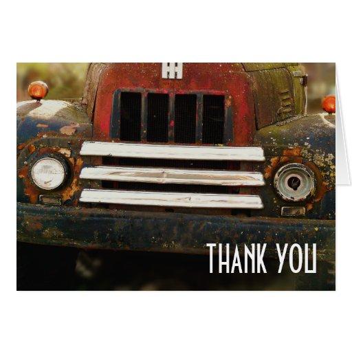 La parrilla antigua del camión le agradece felicitaciones