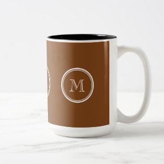 La parte alta pelirroja coloreó personalizado taza de café de dos colores