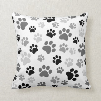 La pata imprime la almohada blanco y negro