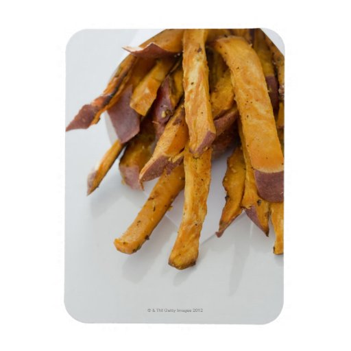 La patata dulce fríe en la bolsa de papel, cierre  imanes flexibles
