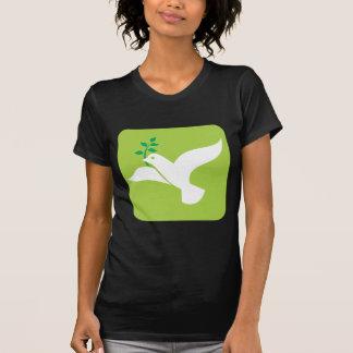 La paz por un blanco del vuelo se zambulló con la camiseta