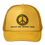 La paz sea con usted gorra