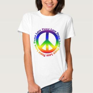 La paz y ama todos alrededor playera