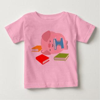 La pequeña camiseta del bebé del aficionado a los remeras