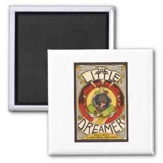 La pequeña cubierta de libro del soñador imán cuadrado