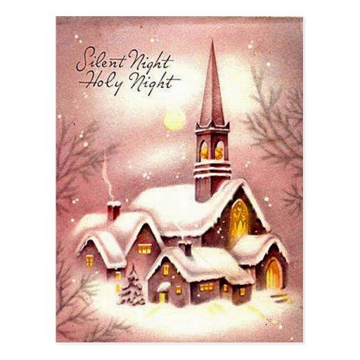 La pequeña iglesia en las maderas postal