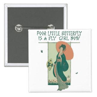 La pequeña mariposa pobre ahora es un chica de la