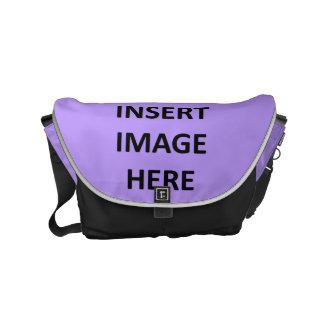La pequeña plantilla de la bolsa de mensajero de bolsas messenger