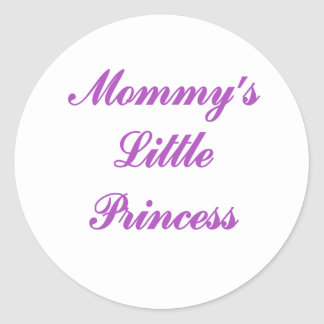 La pequeña princesa de la mamá etiqueta redonda