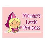 La pequeña princesa de la mamá postal