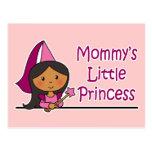 La pequeña princesa de la mamá postales