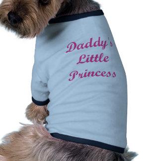 La pequeña princesa del papá ropa perro