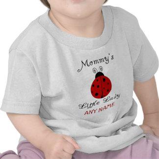 ¡La pequeña señora de la mamá!  Diseño de la Camiseta