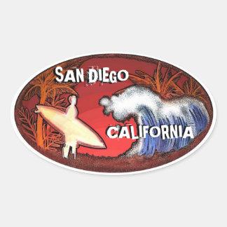 La persona que practica surf de San Diego Pegatinas De Oval Personalizadas