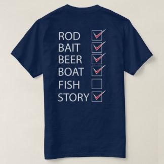 La pesca comprueba la lista en la camiseta playera