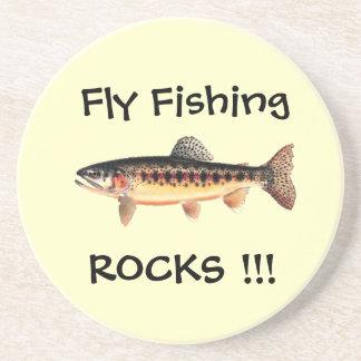La pesca con mosca oscila los prácticos de costa posavasos diseño