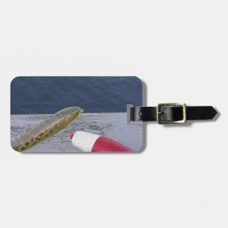 la pesca engaña en el azul blanco rojo del lago… etiquetas para equipaje
